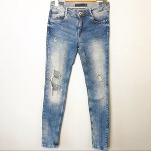 Zara Distressed Light Wash Skinny Stretchy Jeans
